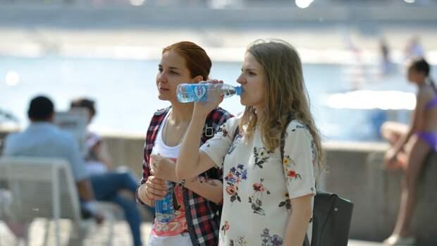 Жителям Москвы пообещали рекордную жару