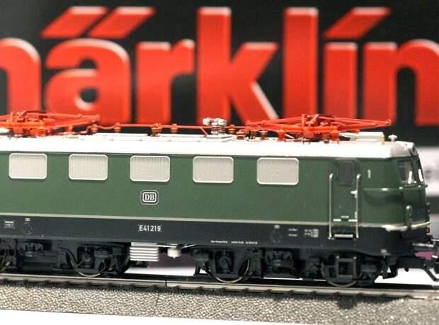 За двухвековую историю  железнодорожные модели проделали путь от великанов до карликов