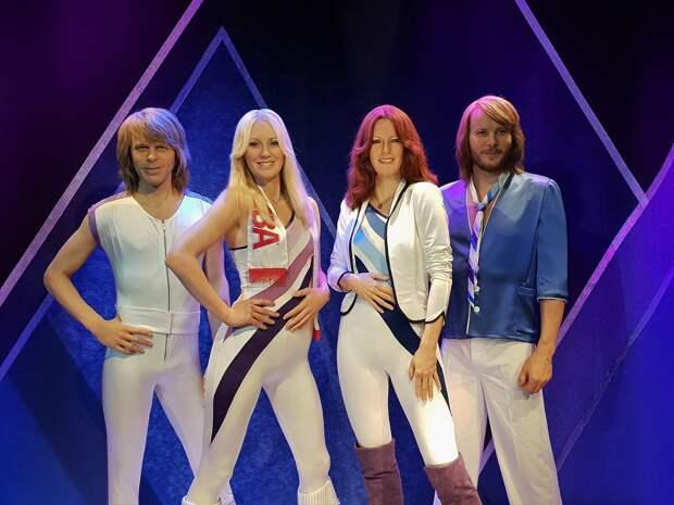 Мастер-классы от звезд мирового спорта в Ижевске, тонущий в мусоре Магадан и новые песни группы ABBA: новости к этому часу