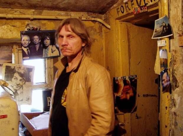 Умер один из основателей движения «Митьки» Владимир Тихомиров