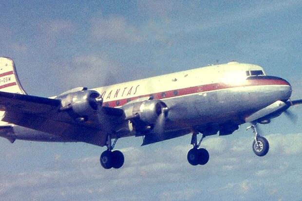 Исчезнувший в Зоне сумрака самолет вернулся через 37 лет: и снова исчез