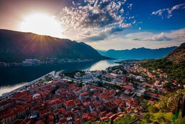 """Сербия станет первой страной в Южной Европе, которая будет производить """"Спутник V"""""""