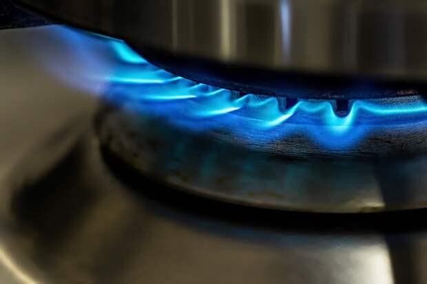 Приготовление ужина чуть не кончилось пожаром в доме на Русанова