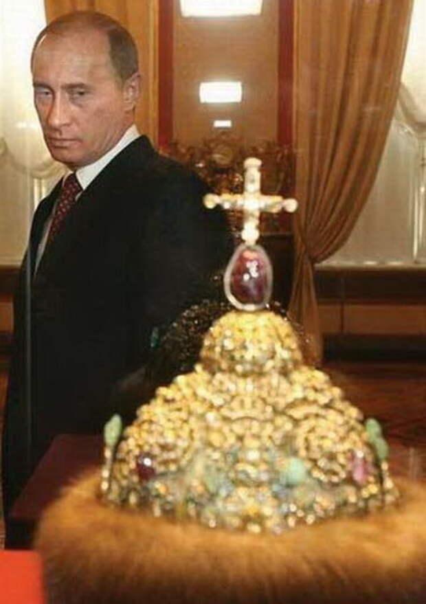 Это страховка для Путина или для России?