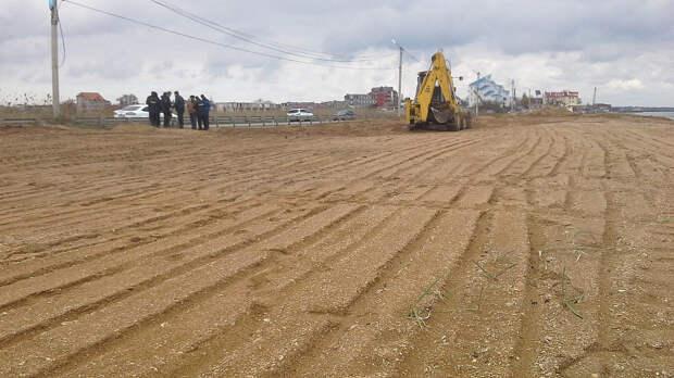 Феодосийская прокуратура защищает Золотой пляж в суде