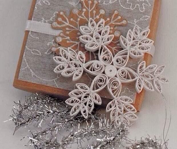 Снежинки в технике квиллинг