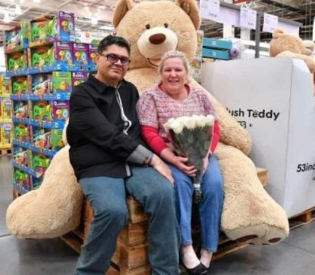Свадьба в супермаркете (фото)