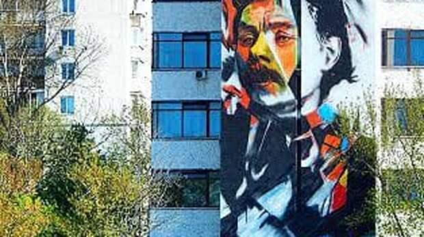 Впечатляюще! Огромный портрет Максима Горького появился вцентре Нижнего Новгорода
