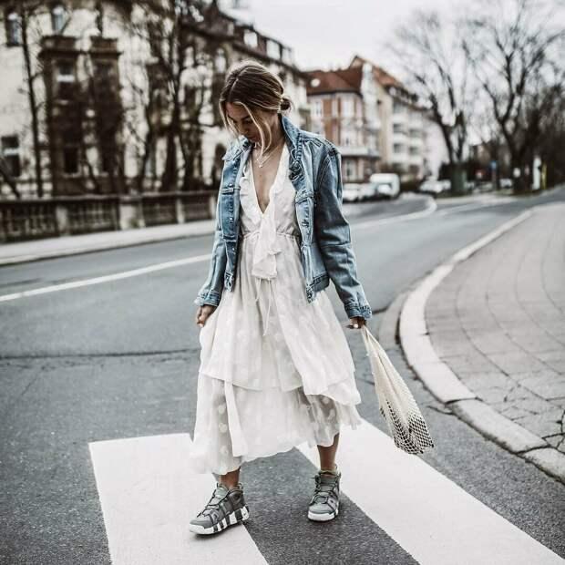 17 образов, с чем носить кроссовки не только летом, но и осенью