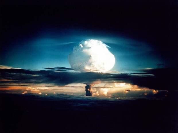 Гиперзвуковое оружие: почему оно опаснее обычного ядерного