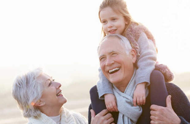 Жизненные уроки, которые передают нам бабушки и дедушки