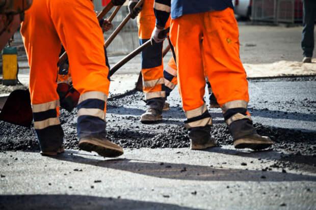 На Алтуфьевском шоссе залатали яму