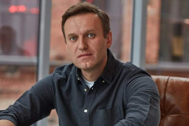 Меркель призвала власти РФ к прозрачному расследованию обстоятельств отравления Навального