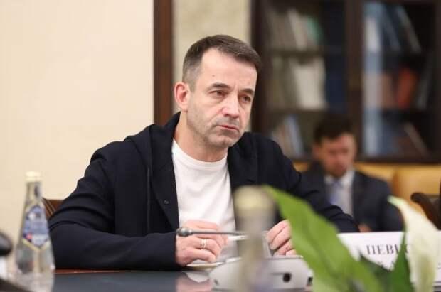 Дмитрий Певцов выступил в ОП с предложениями к нацпроекту «Культура»