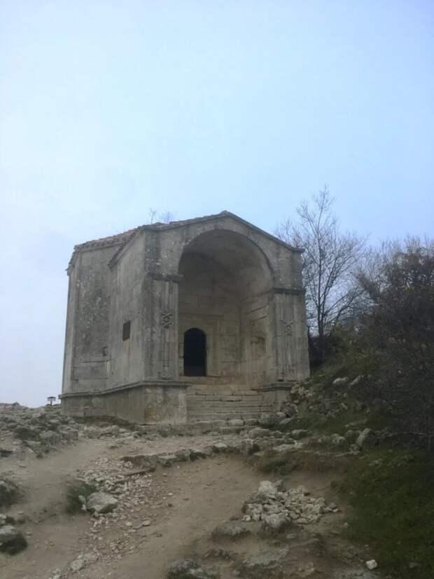 Дюрбе Джанике-ханым