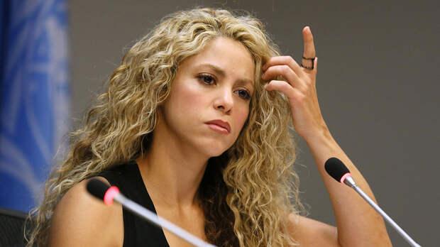 Испанский судья рекомендует Шакире предстать перед судом