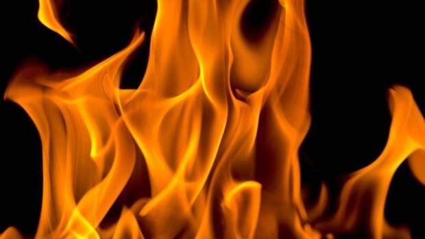 Сторож стал жертвой пожара в таганрогской металлоприемке
