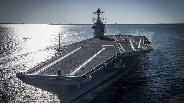 Кедми назвал строительство авианосцев в РФ по примеру США стратегически нецелесообразным