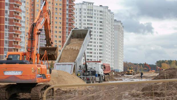 Земляные работы по строительству дороги на улице 43 Армии выполнили на 80%