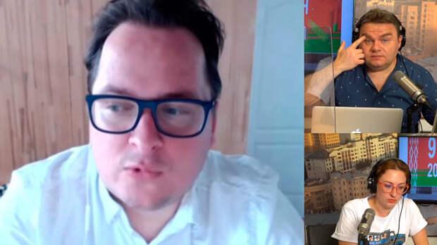 Белорусский журналист Франак Вячорка сообщил на «Эхо Москвы» после выборов, что народ проснулся