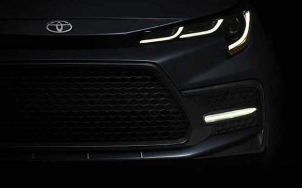 Новый седан Toyota Corolla: первое фото и дата премьеры