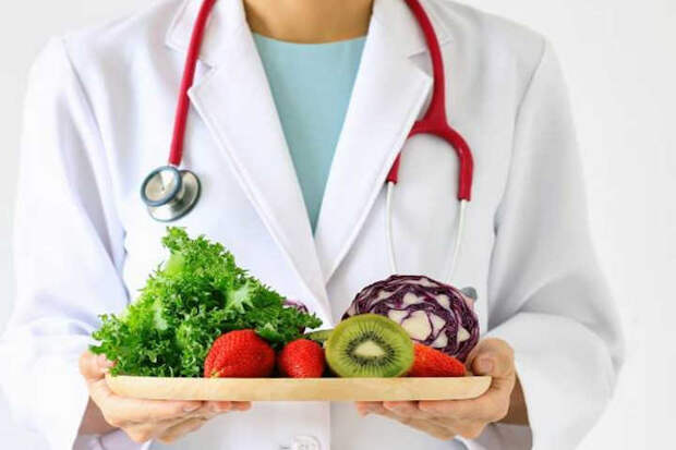 Растительная еда снижает риск подхватить коронавирус и тяжесть симптомов при болезни