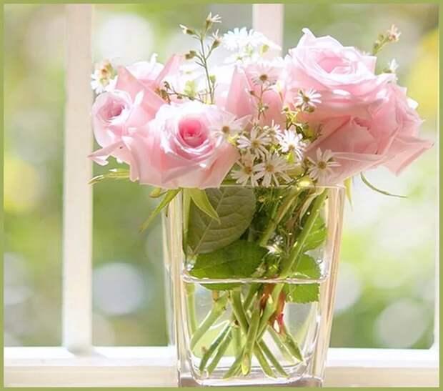 10 трюков, которые помогут надолго сохранить свежесть цветов в вазе
