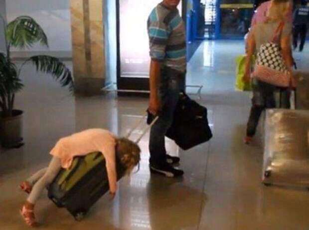 1. Эти утомительные перелеты аэропорт, багаж, путешественники, фото, юмор