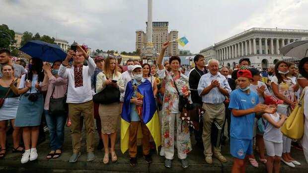 МВФ поможет простым украинцам расплатиться за коммуналку