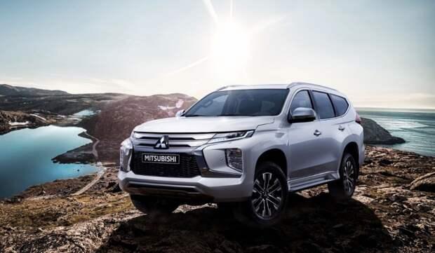 Компания Mitsubishi завершает продажи внедорожников Pajero
