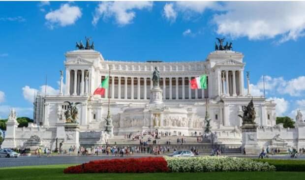 В ЕС назвали Италию «государством-зомби»