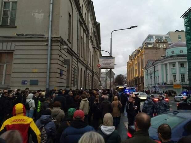 «Первый раз слышу»: глава СЖР Соловьев удивился требованию полиции к журналисту «Дождя»