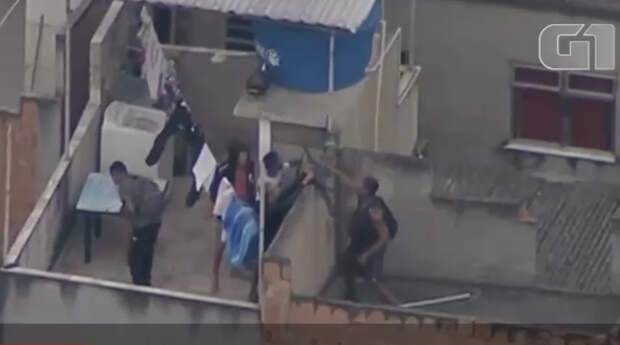 В Рио-де-Жанейро 23 человека погибли во время перестрелки в метро