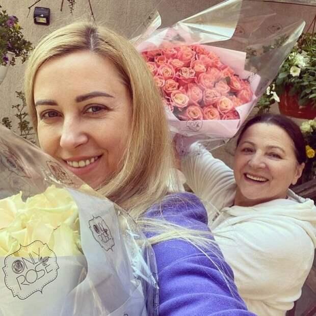 Тоня Матвиенко показала, как поздравила маму