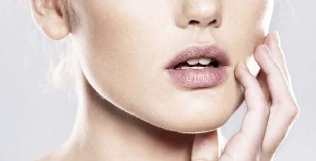 От каких продуктов стоит отказаться, чтобы кожа была идеальной?
