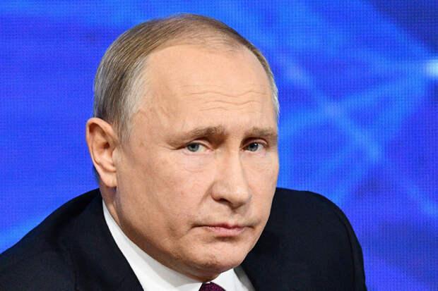 Путин выразил соболезнования семьям погибших при стрельбе в Казани