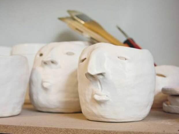 Керамика с лицами (40 цветочных горшков)