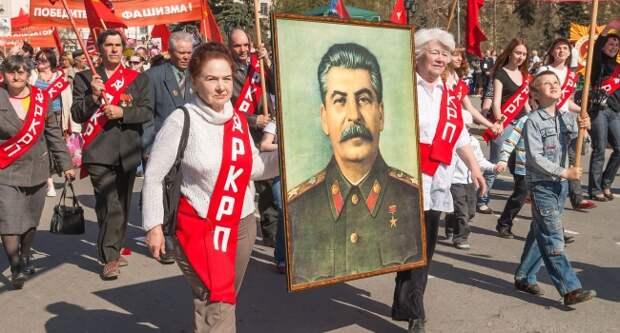 Сталин с триумфом возвращается в жизнь России – Невзоров