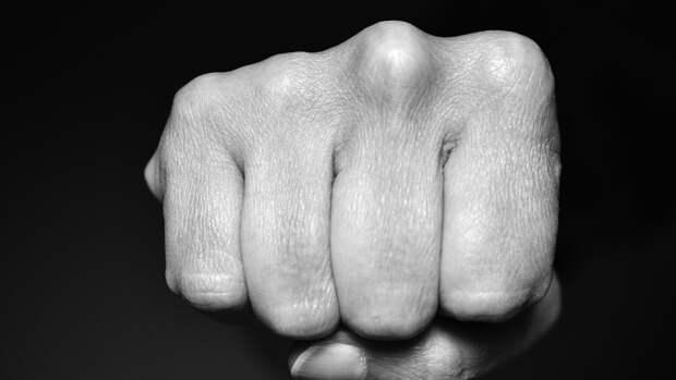 Житель Перми до смерти избил друга во время ссоры