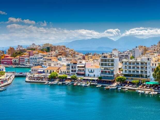 Власти Греции назвали условия въезда для туристов с 14 мая