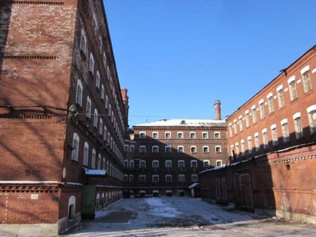 47news: РПЦ проявила интерес к историческим «Крестам» на Арсенальной набережной в Петербурге