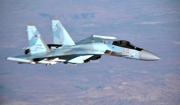 Российский пилот Су-35 напугал американского летчика необычным маневром у границ Сирии