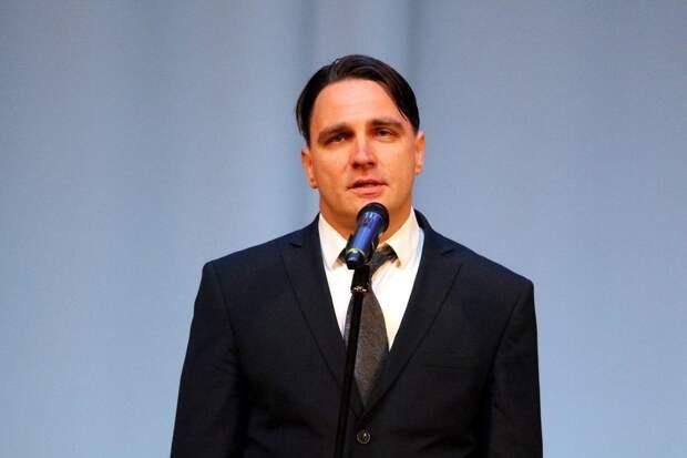 В Архангельске по подозрению в педофилии задержали и.о. министра образования