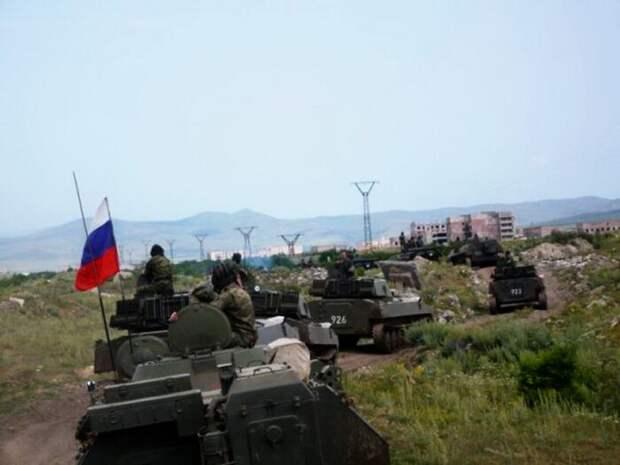 Российские войска срочно переброшены награницу Армении и Азербайджана