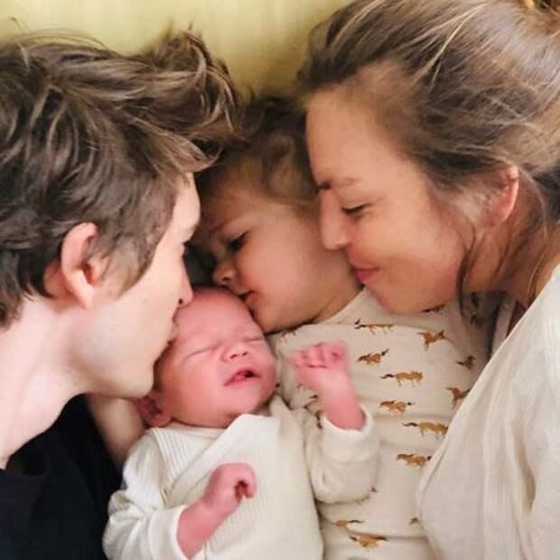 Манекенщик Матвей Лыков стал отцом во второй раз