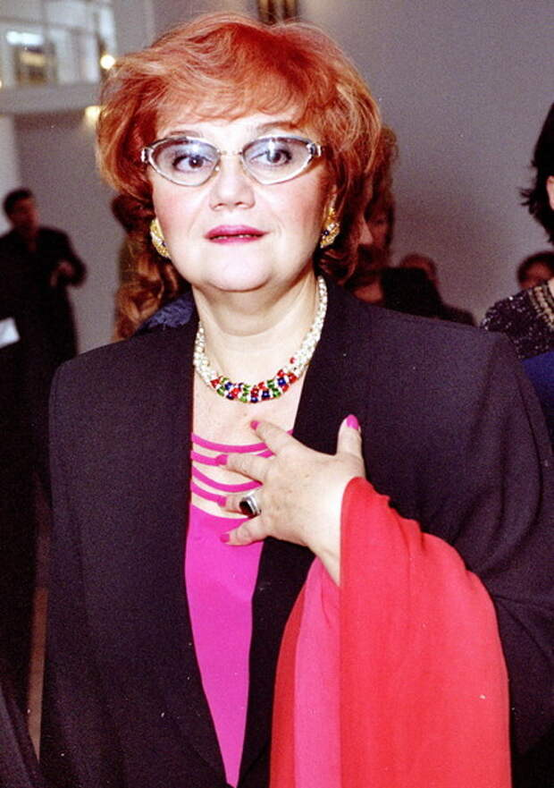 «Врачи решают вопрос»: вдова Муслима Магомаева срочно попала в больницу
