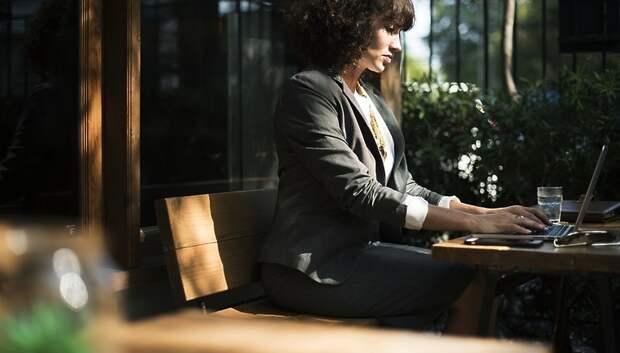 Работодателям Подмосковья напомнили об особенностях регулирования труда женщин