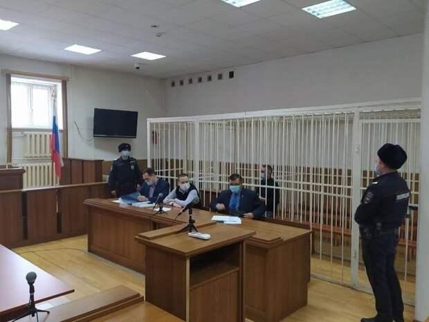 Кузнецову стало плохо во время допроса в суде по делу о взятках