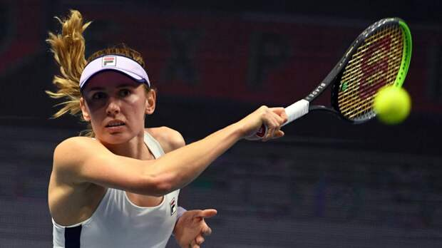 Александрова без борьбы прошла в третийраунд теннисного турнира в Риме