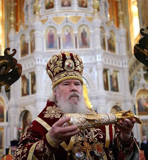 А патриарх Кирилл может доказать, что он верующий?